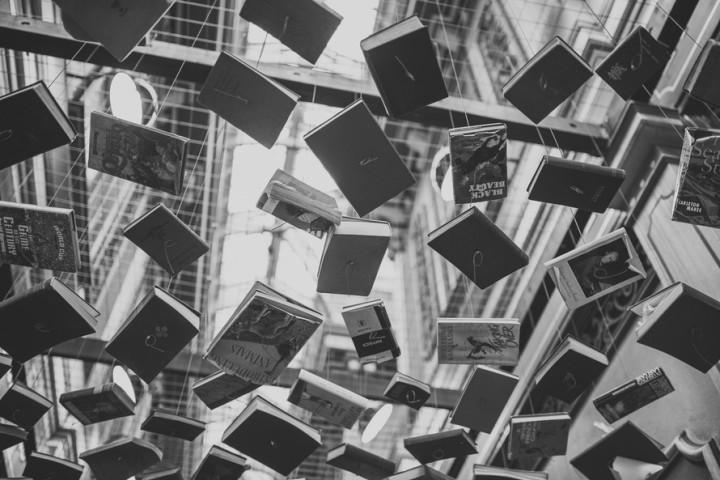 rzeźba z książek - Kraków studia
