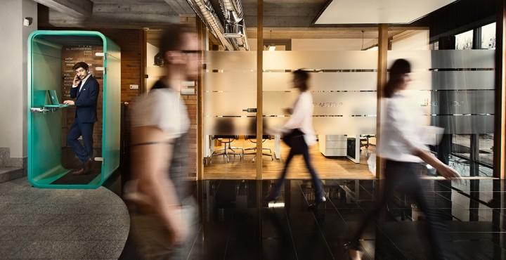 budka w biurze - wygłuszanie pomieszczeń