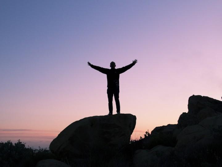 człowiek na tle nieba - coaching studia podyplomowe