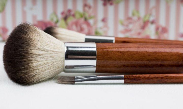 Kosmetyki z certyfikatami BIO to także kosmetyki do makijażu