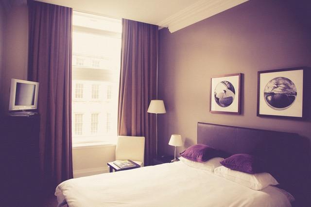 Meble do sypialni powinny stworzyć odpowiedni nastrój