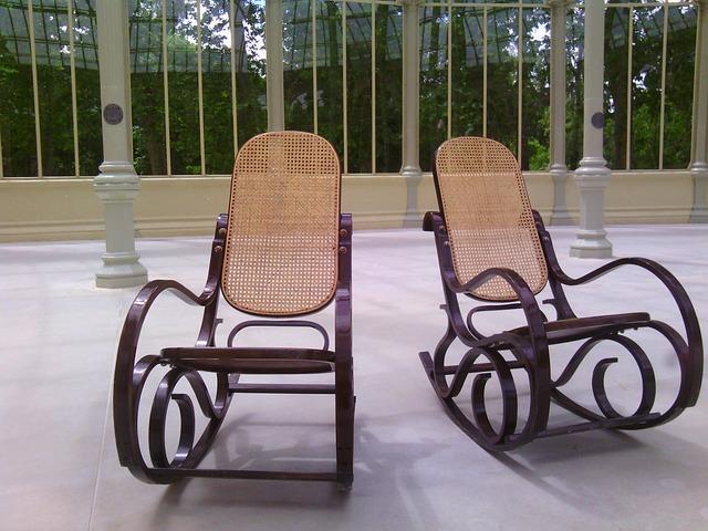 Fotel bujany tradycyjny