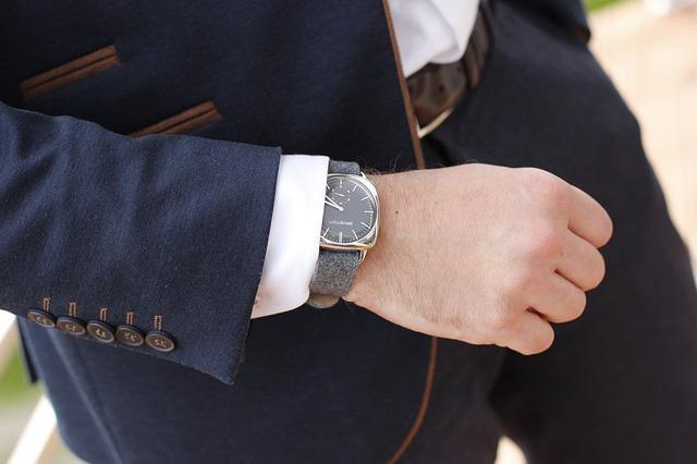 Zegarek i garnitur