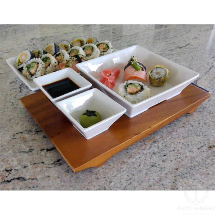 zestaw do serwowania sushi ze sklepu zlotywidelec.pl