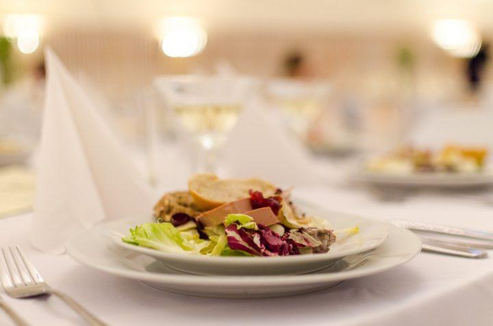 Mieszkasz w grodzie Kraka i chcesz zdrowo się odżywiać - sprawdź catering dietetyczny Kraków!