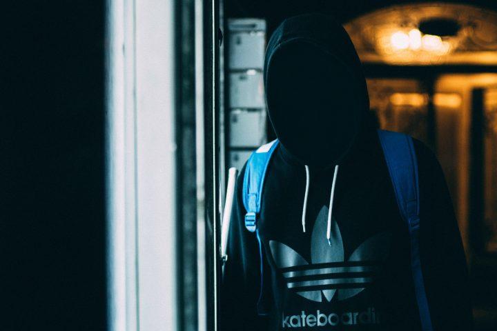 Dresy Adidas w internetowej porównywarce cenowej