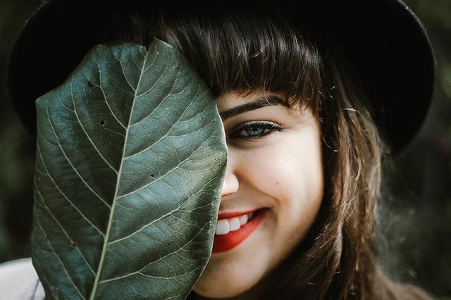 paleta do brwi idealna w makijażu
