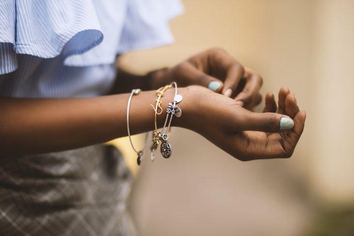biżuteria na rękę