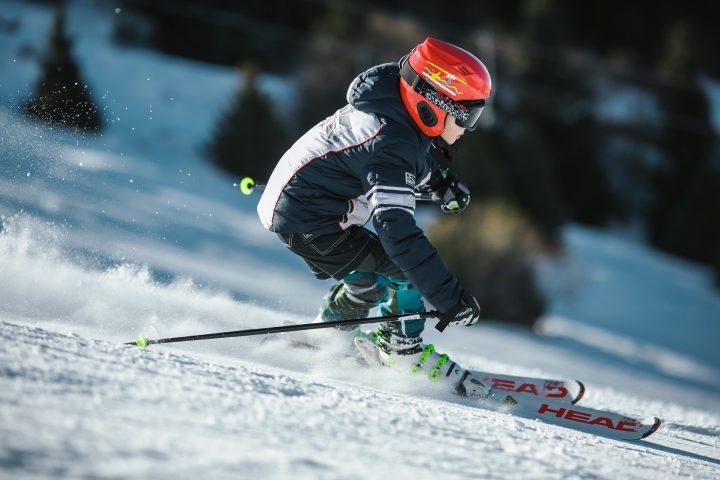 męskie kaski snowboardowe