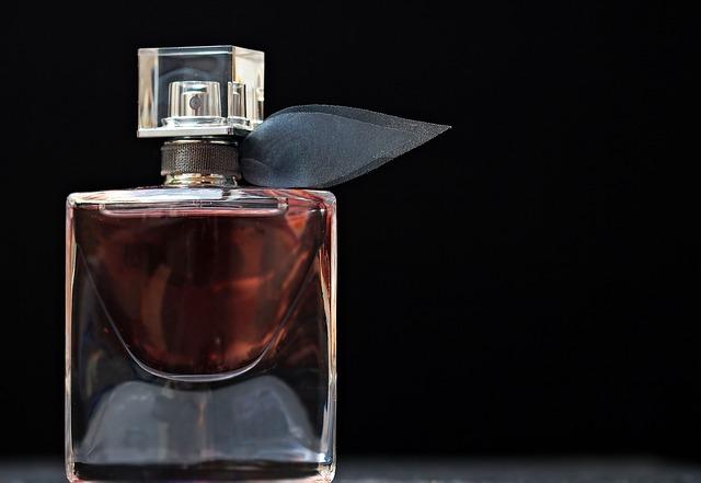 Damskie perfumy - nuty zapachowe