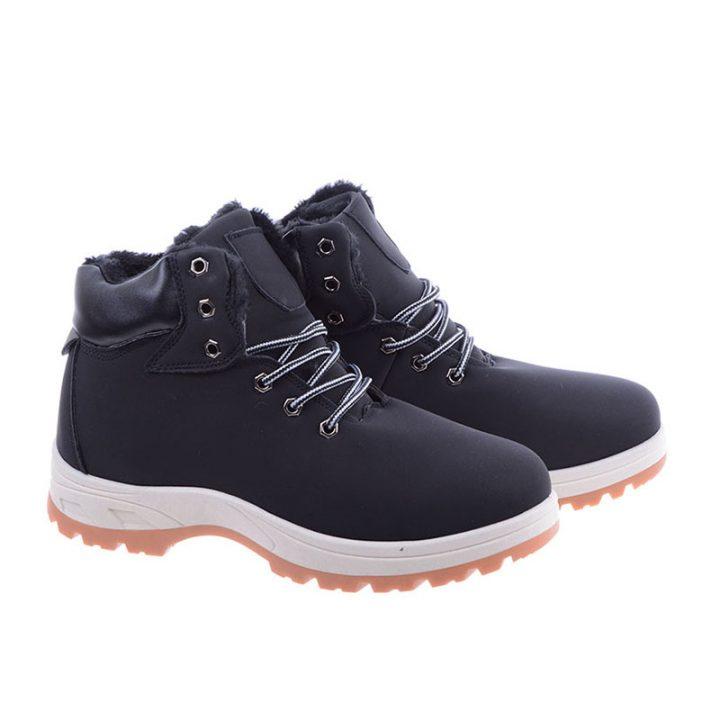 Tanie buty zimowe