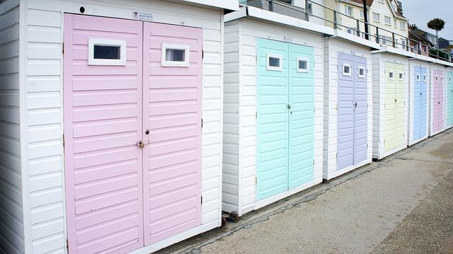 Pawilony ogrodowe z powodzeniem mogą służyć jako garaże
