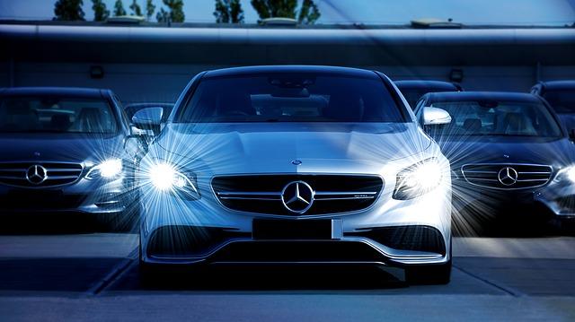 Samochody osobowe od Mercedesa to produkt wysokiej klasy.