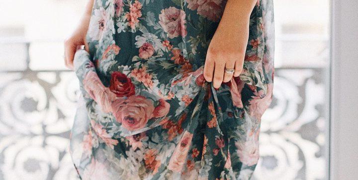 tkanina w róże