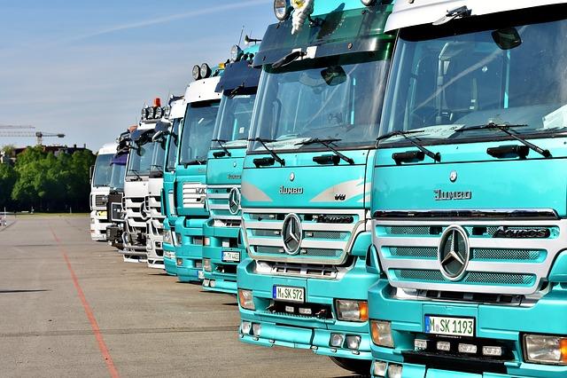 Serwis ciężarowych Mercedesów to profesjonalna troska o wasze samochody.