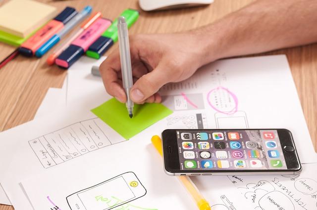 Smartfony Apple iPhone 6 5,5 cala przydadzą się szczególnie branży kreatywnej.