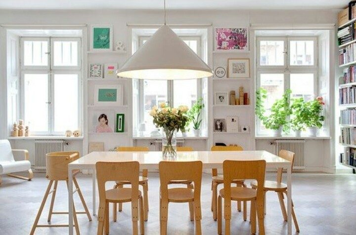 Jadalnia w stylu skandynawskim to połączenie minimalizmu i piękna.