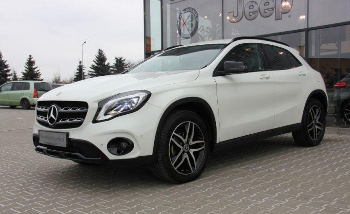 Samochody używane z salonu Mercedesa to sposób na oszczędności.