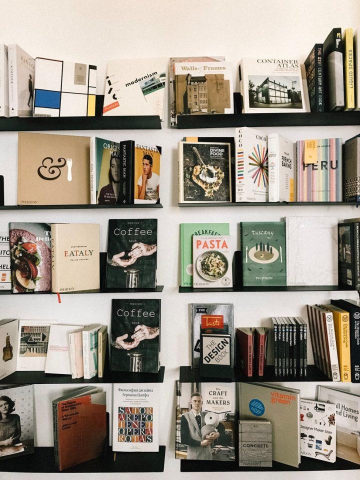 Kupuj, nie wychodząc z domu, w księgarni internetowej