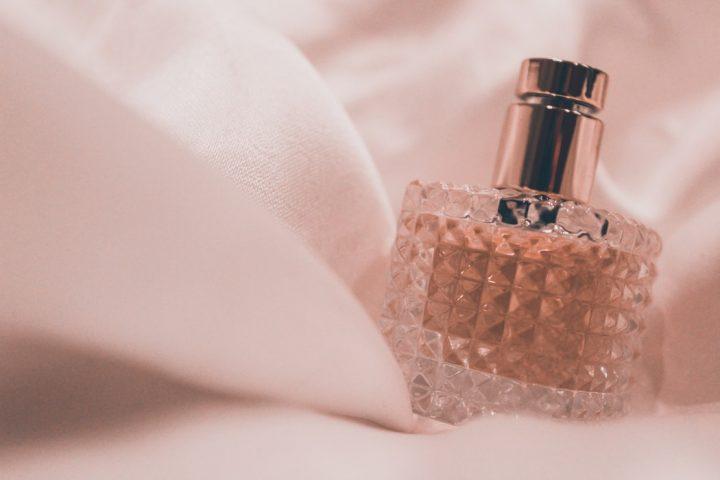 Karl Lagerfeld perfumy damskie na Ceneo.pl - wybierz swój wymarzony zapach.