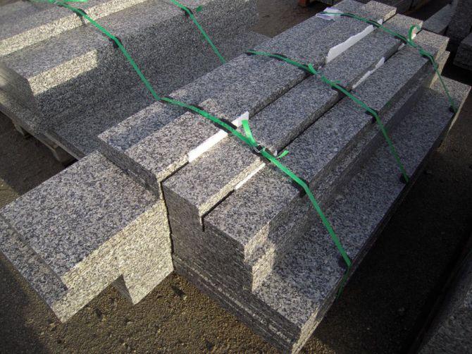Schody zewnętrzne granitowe - szare