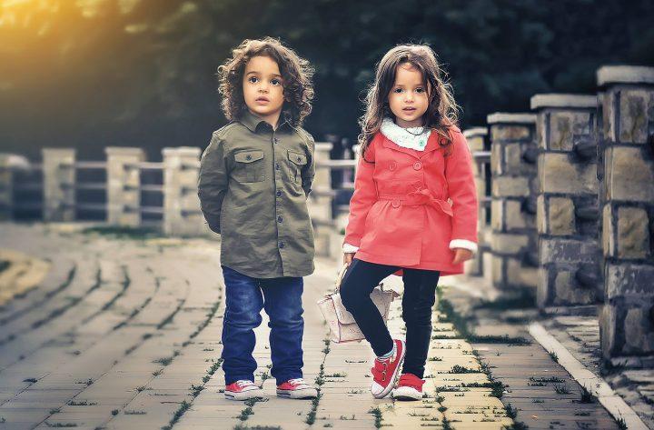 wiosenne kurteczki dla dzieci w rozmiarze 34