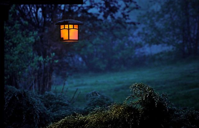 Lampy ogrodowe LED zmienia wygląd Twojego ogrodu