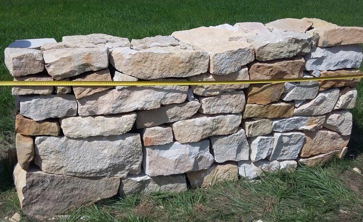kamień ogrodowy z piaskowca