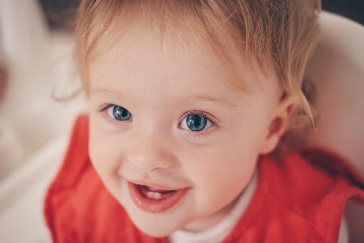 Późne ząbkowanie może prowadzić do wielu groźnych powikłań dla dziecka