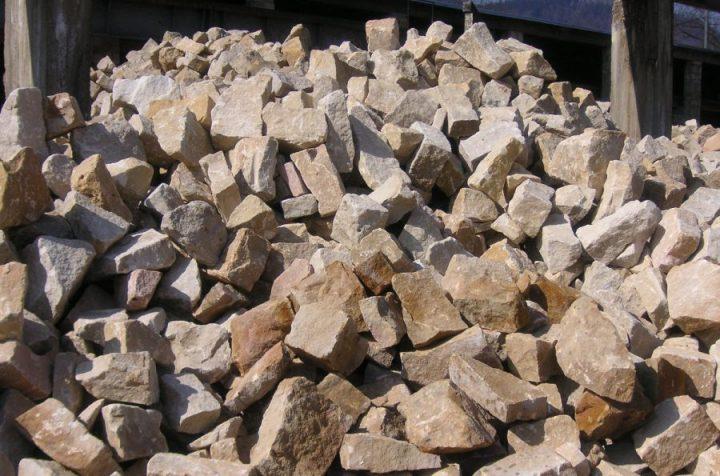 kamień nieregularny ogrodowy