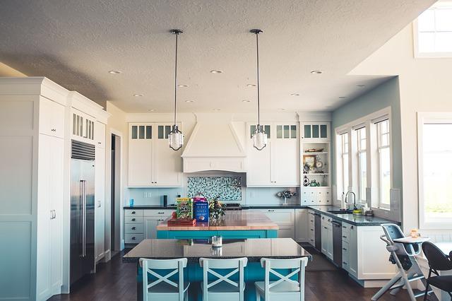 Okap podszafkowy w kuchni